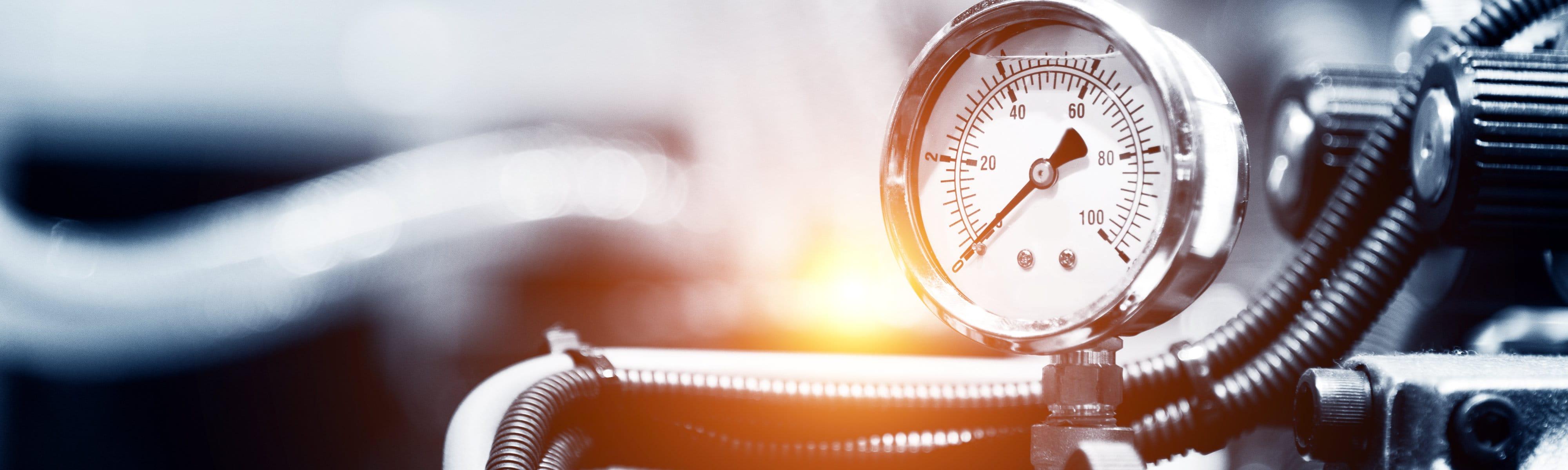 maintenance-pressure-gauge